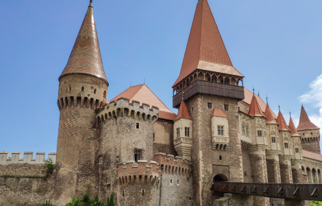 ROMANIA'S CASTLES: FROM LEGENDARY DRACULA'S TO FAIRY TALE
